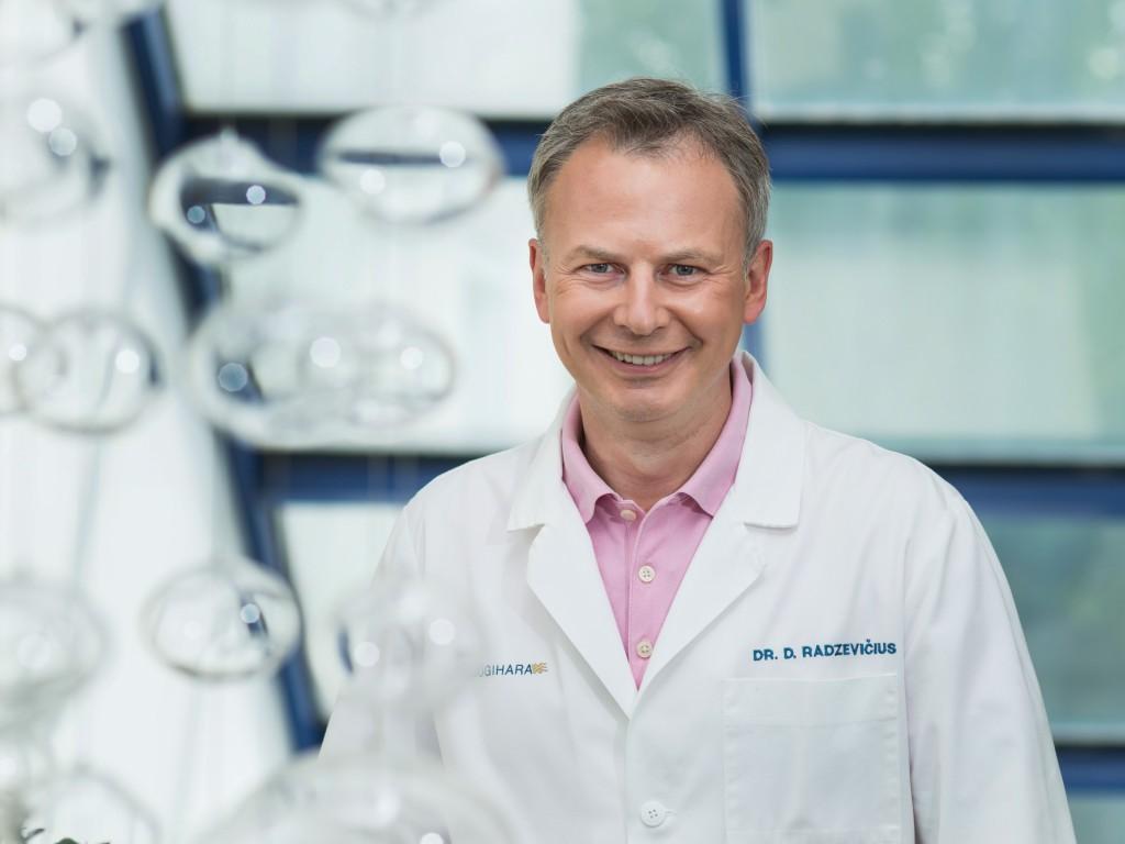 plastikos chirurgas dr. Darius Radzevicius
