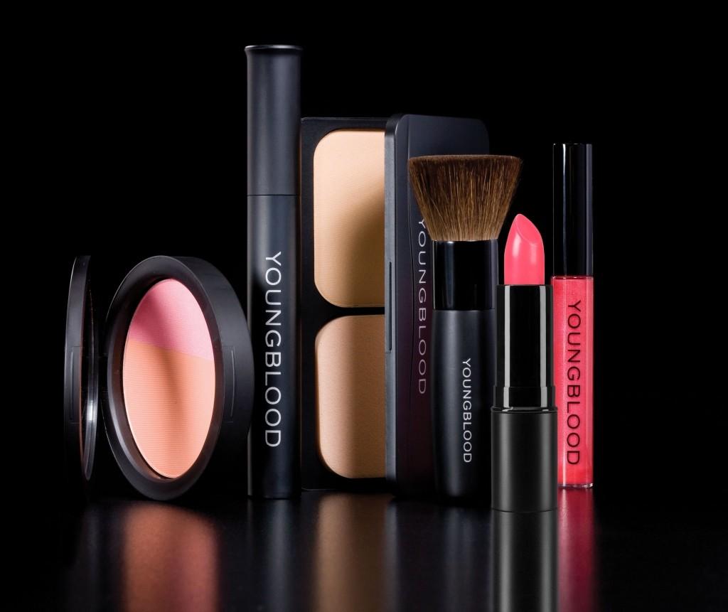 Youngblood kosmetika SUGIHARA kosmetikos parduotuvėse