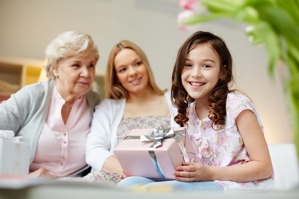 Nuolaidos, akcijos ir dovanos Mamos dienai