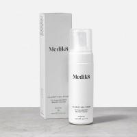 Medik8 Clarifying Foam Antibakterinis eksfolijuojantis veido prausiklis