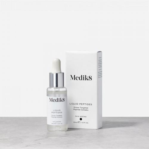 MEDIK8 Liquid Peptides - Atjauninantis ir drėkinantis veido serumas su peptidais