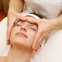 Veido ovalą formuojantis masažas (1 val.)