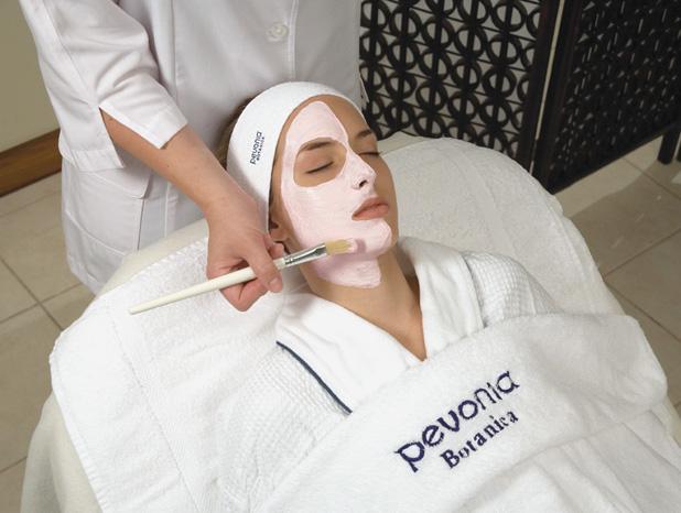 Veido odos puoselėjimo procedūros klinikoje SUGIHARA