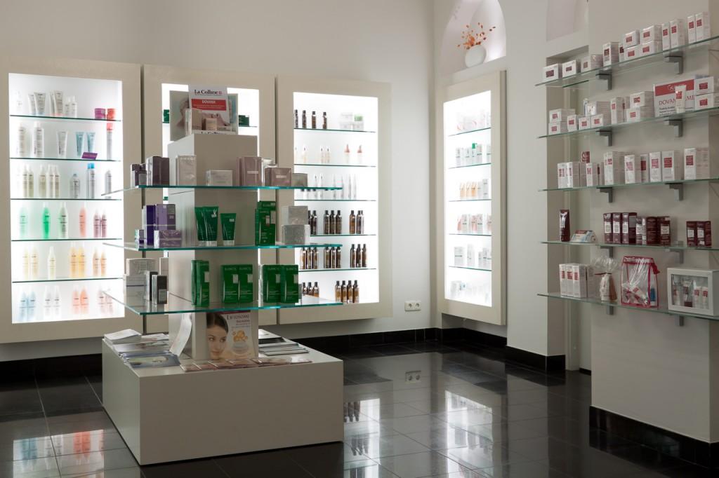 SUGIHARA filialas ir kosmetikos parduotuvė Senamiestyje
