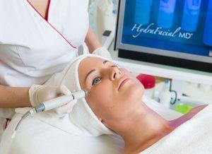 HYDRAFACIAL procedūra klinikoje SUGIHARA